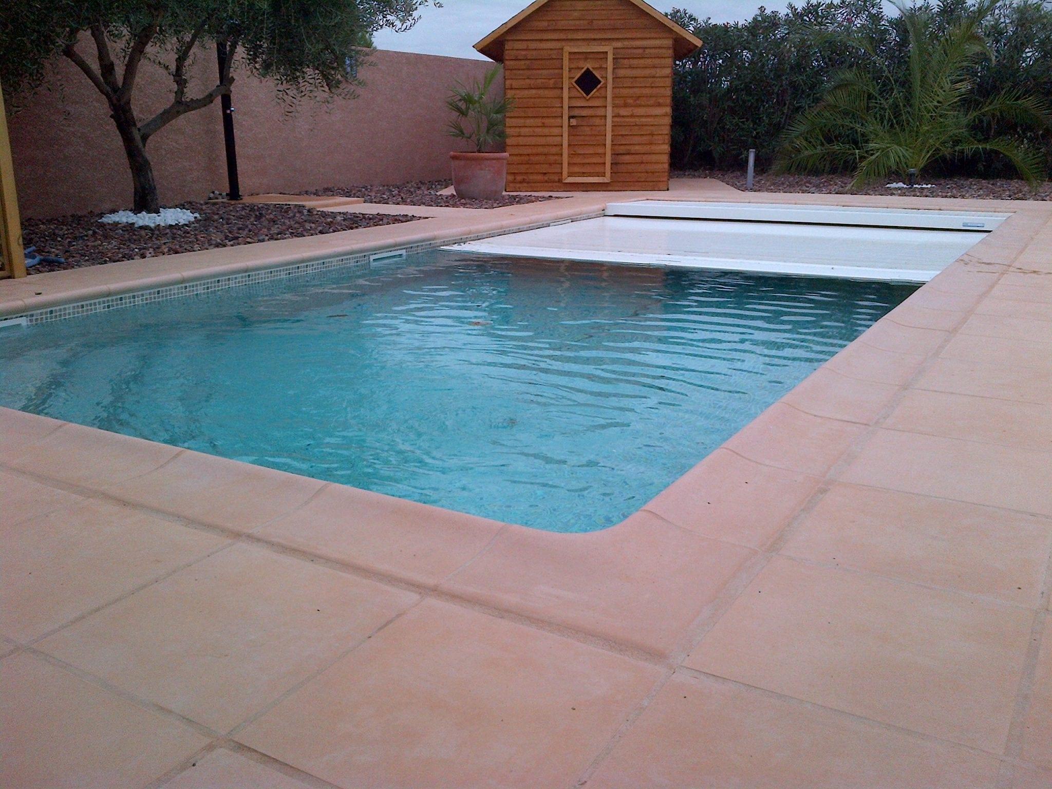 Cr ation piscine narbonne bache electrique hammam 4 btv for Bache piscine electrique