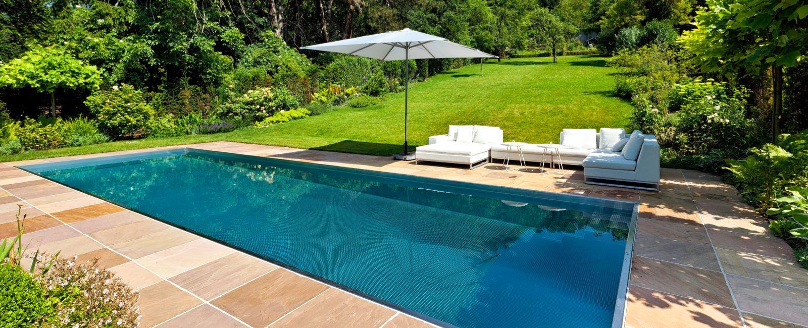 Quel revêtement choisir pour une terrasse de piscine ?