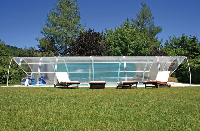 Abris de piscine : quand innovation rime avec solutions éprouvées